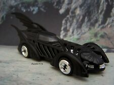 BATMAN TRIPLE WING BATMOBILE SUPER CAR COLLECTIBLE MODEL - 1/64 SCALE DIORAMA