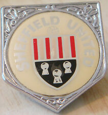 SHEFFIELD UNITED Vintage 70s 80s insert type Badge Brooch pin Chrome 26mm x 29mm
