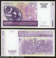 B-D-M MADAGASCAR 1000 FRANCS 2004 PICK 89A FIRST SIGNATURE UNC