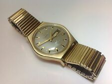 1970 VTG Men's Bulova WHALE Gold Electroplate Automatic Day Date Watch 17 Jewel