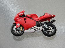 DE AGOSTINI-IXO - 1:24 - YAMAHA yzr-m1 - Max Biaggi 2002-Moto GP MOTO