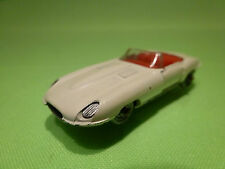 BESTBOX - JAGUAR E TYPE CABRIOLET  2513 - RARE COLOR   -IN  GOOD CONDITION