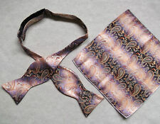 NEW MENS SELF TIE DICKIE BOW PURPLE GOLDEN PAISLEY BOWTIE & TOP POCKET HANKIE