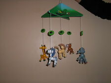 Childrens bedroom mobile.zoo animali. in Legno Inscatolato