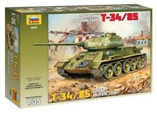 ZVEZDA 3533 SOVIET MEDIUM TANK T-34/85 WWII SCALE MODEL KIT 1/35 NEW