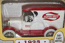 Ertl 1923 Truck Super Value Stores Bank, Die Cast Metal, 1/25th Scale