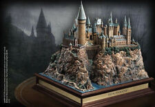 "NOBLE COLLECTION ""HARRY POTTER"" Hogwarts Castle Sculpture NEW IN BOX"