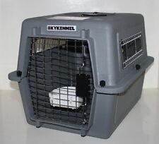 Hunde-Transportbox Modell Sky Kennel von Petmate Kunststoff grau 53 x 41 x 38 cm