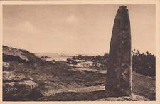 TREGASTEL 10 le menhir monument mégalithique
