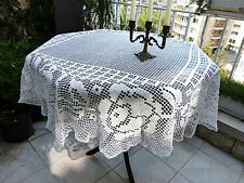 Vintage retro shabby chic hand-crocheted cotton lace doily / tablecloth