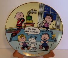 Snoopy Dances Beagle Beat Plate Charlie Lucy Linus Sally Peanuts Danbury Mint