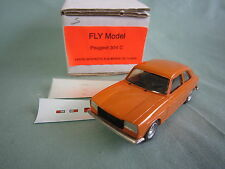 ABxxx FLY PEUGEOT 304 COUPE SAFRAN ORANGE RESINE FABRICATION Année 80 NEUF 1/43