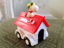 Vintage Snoopy Driving Dog House Kennel Car Aviva Toy Co 1965 Hong Kong