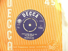 UNIT FOUR PLUS TWO NEVER BEEN IN LOVE LIKE THIS BEFORE decca..45rpm pop / single