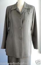 Superbe ensemble tailleur femme Nacre CAROLINE ROHMER KAKI Jupe + veste 38 NEUF