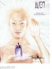 PUBLICITE ADVERTISING 116  2006  Thierry Mugler  parfum Alien pour femme