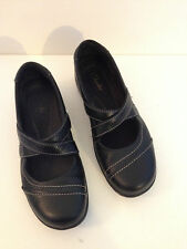 CLARKS MARYJANES Slip-on Women's size 7 Mary Janes BLACK Leather