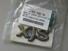 JAGUAR XJS GOLD REAR BADGE NOS HHB 5982 BA