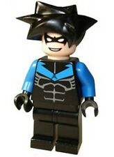 LEGO 7785 Batman - Nightwing - Blue Arms & Chest Symbol - Minifig / Mini Figure