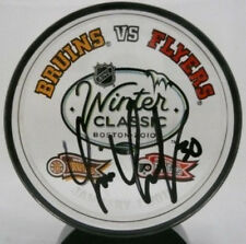 Tim Thomas Bruins signed winter classic acrylic puck