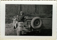PHOTO ANCIENNE - VINTAGE SNAPSHOT - CHASSE CHASSEUR FEMME JEEP -HUNTER WOMAN CAR
