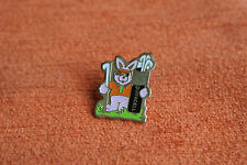 04014 PIN'S PINS DURACELL PILES LAPIN RABBIT GOLF GOLFEUR