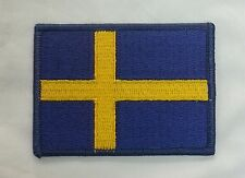 TOPPA PATCH BANDIERA SVEZIA RICAMATA GIALLO BLU SWEDEN SWEDISH FLAG CM 8 x 6