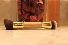 Tarte Slenderizer  bamboo FLAT TOP CONCEALER/FOUNDATION NEW 100% authentic