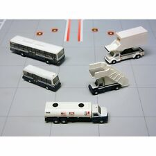 Gemini 200 Airport Service Vehicles 1/200 Scale G2APS450
