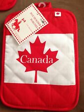 Canada Pot holder Kitchen & home Decorative Collectibles...Must Have!!!