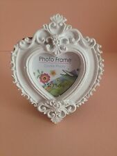 Vintage Style, White Mini Photo Frame (heart )