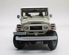1977 Toyota Landcruiser FJ40 in Cream in 1:18 Scale by Cult Models   CML016-1