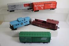 5 ASSORTED HO SCALE FREIGHT CARS (LOT#191) AS-IS