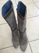 Clarks Ladies Brown Suede Heeled Calf Boots Size 7. Good Condition.