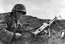 B&W WW2 Photo WWII German Soldier MG42 Position