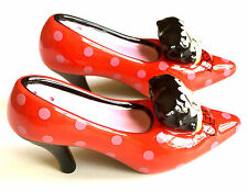 BETTY BOOP'S RED SHOES ~ 2005 COLLECTABLE CERAMIC SALT & PEPPER SHAKERS ~ NEW!