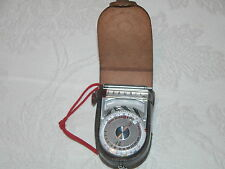 VINTAGE SEKONIC LIGHT METER / LEATHER CASE