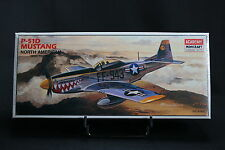 XJ018 ACADEMY 1/72 maquette avion 1662 P-51D Mustang North American WWII
