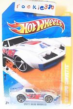 2011 Hot Wheels NEW MODELS #4/50 * '69 COPO CORVETTE * WHITE VARIANT NiCE
