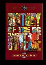 HISTORY OF THE DC UNIVERSE 1(9.2)(NM-)AUTO/ GEORGE PEREZ W/COA(b029)