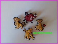 4 PINS CLIPS CROCS CHAUSSURE HABITS BRACELET LE ROI LION
