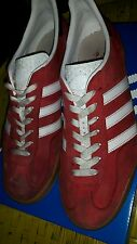 Adidas Originals Gazelle indoor Gum sole Red/White  size 10