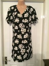 Black & White Floral Dress Size 16 NEW