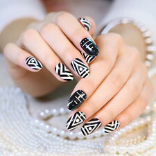 24pcs Geometric Pattern Fake Nails Black and White Normal Length Full Nails Tips