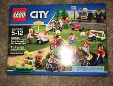 Lego City Fun In The Park People Pack New!