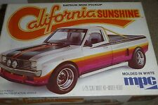 MPC DATSUN PICKUP CALIFORNIA SUNSHINE  1/25 Model Car Mountain KIT VINTAGE 1978