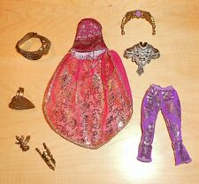 EVER AFTER HIGH - DRAGON GAMES - HOLLY O'HAIR - CLOTHES & ACCESSORIES OOAK