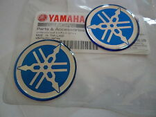 2 x GENUINE YAMAHA R1 R6 R7 DOMED EPOXY RESIN LOGO EMBLEM STICKER DECAL 30mm