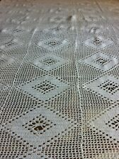 Couvre lit ancien jeté de lit fait main crochet coton blanc ajouré accidenté