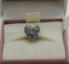 "AUTHENTIC PANDORA CHARM ""Heart of Winter, Clear CZ, 791996CZ  #377"